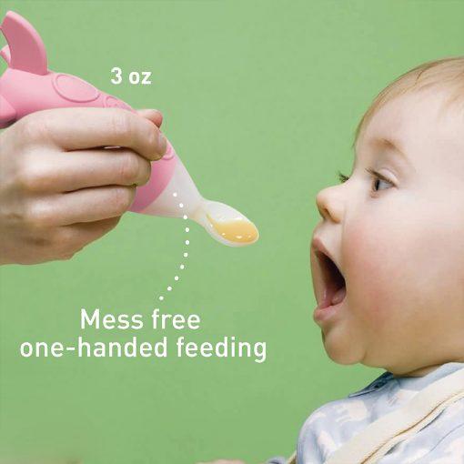 Feeding spoon dispenser
